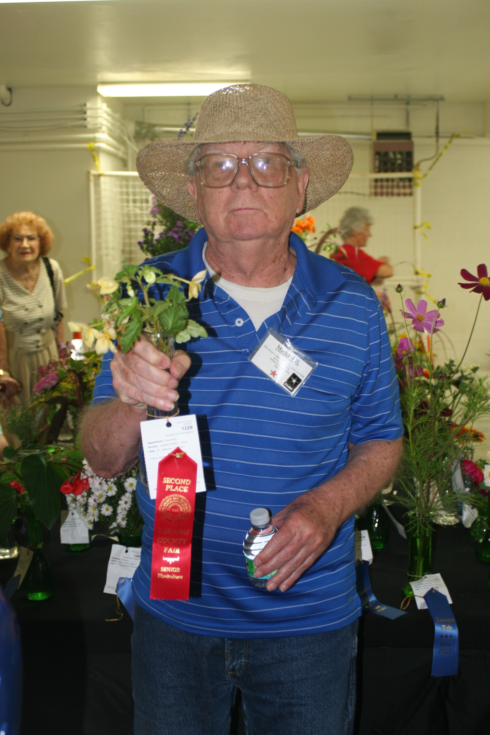 Veteran Mike Brown and his second place prize at the Yavapai County Fair